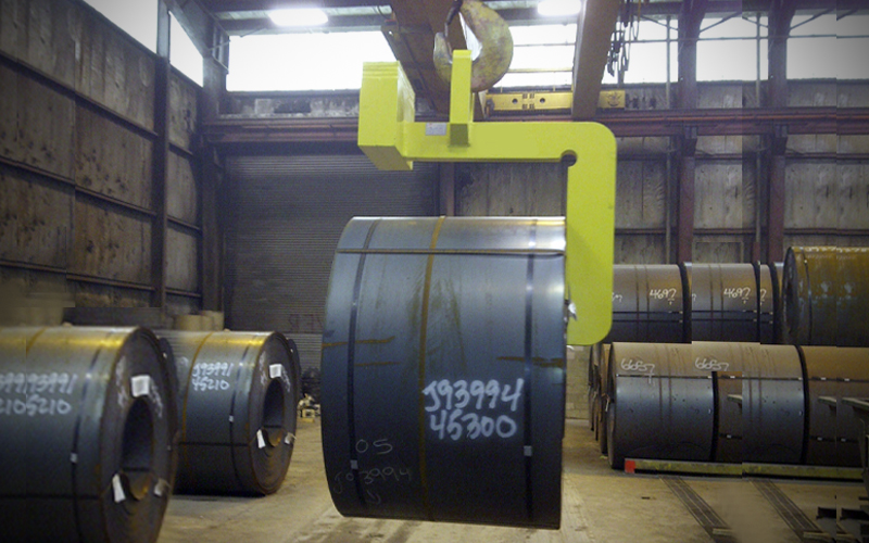 Below-the-hook lifting devices- c-hook