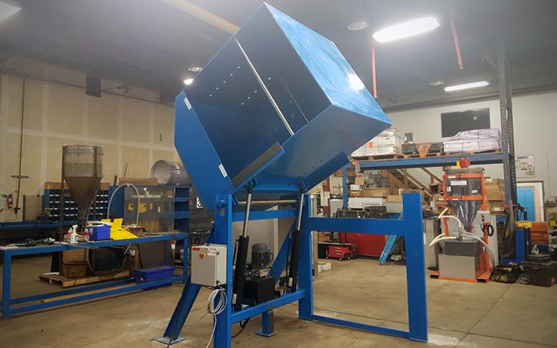 hydraulic dumper - blue