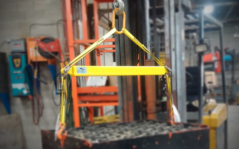 Below-the-hook lifting devices- batterybuddy