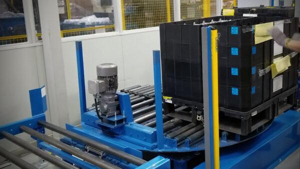 Rotating lift table - blue